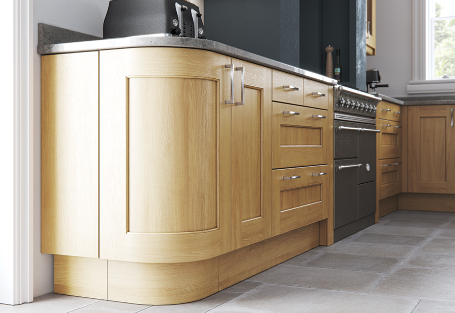 http://www.ianwoodbespokeinteriors.co.uk/wp-content/uploads/2017/01/classic-contemporary-wakefield-light-oak-kitchen-quadrant-door-A-1.jpg